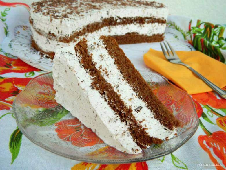 страчатела торта