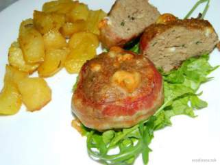 медалјони со мелено месо