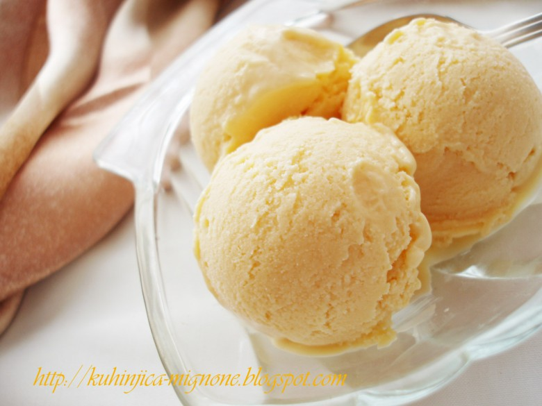 сладолед од ванила
