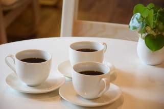 Како најбрзо да отстраните дамки од кафе