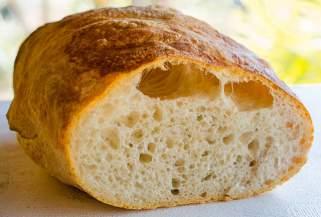 Домашен чиабата леб.