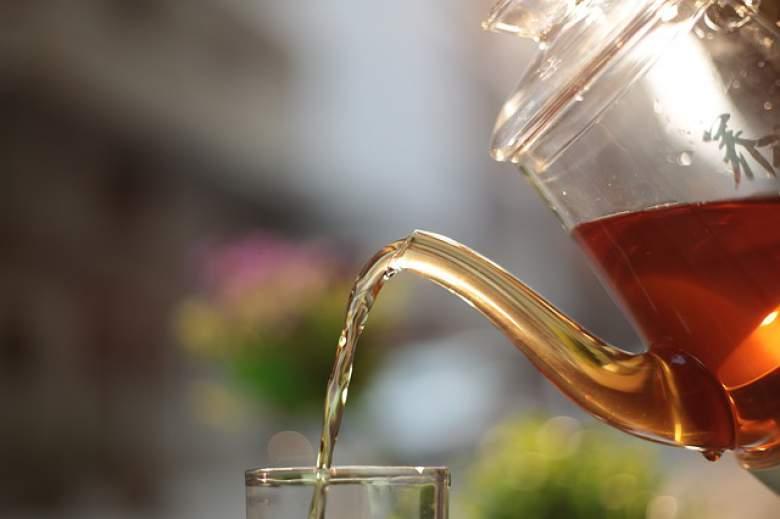 Откријте кои чаеви помагаат за убава и негувана кожа на лицето