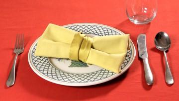 декорација на салфетки панделка