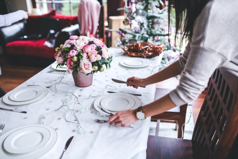 поставување на маса