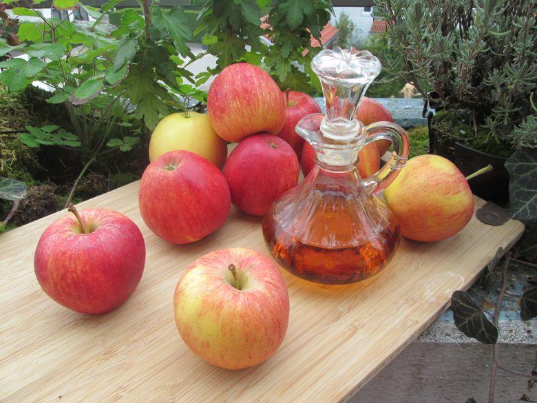јаболкова киселина