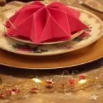 празнична декорација на салфетки - круна, ѕвезда и лист
