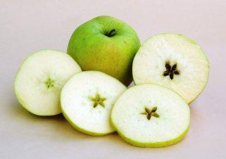 5 начини како да спречите потемнување на јаболката.