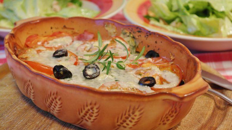 лазања со мелено месо и кашкавал