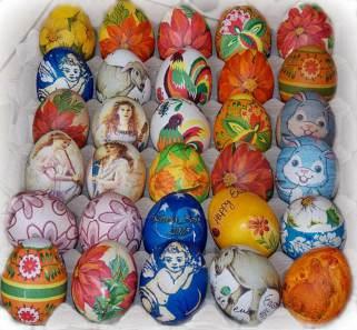 велигденски јајца со салфетка