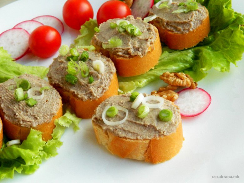 Домашна паштета од печурки и ореви 2