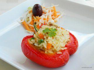 Полнети пиперки со ориз и туна 1