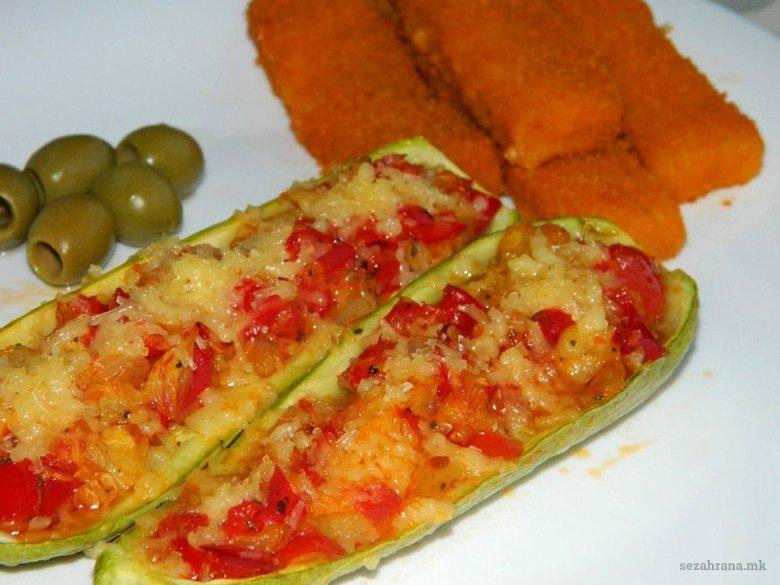 Полнети тиквички со зеленчук (посно јадење) 2