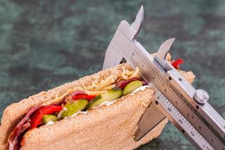 слабеењето и храната