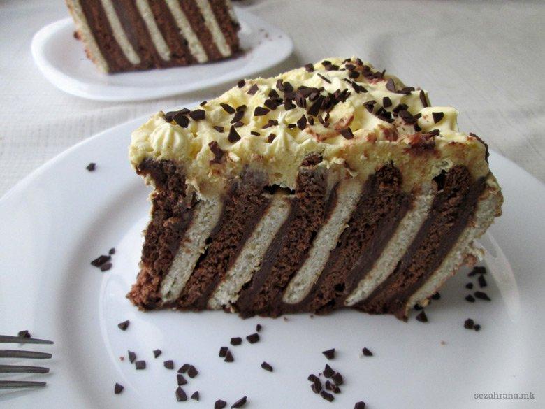 непечена торта со бисквити