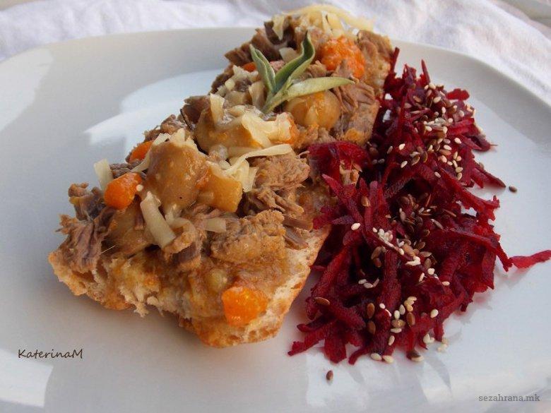 Брускети со телешко месо и печурки 2