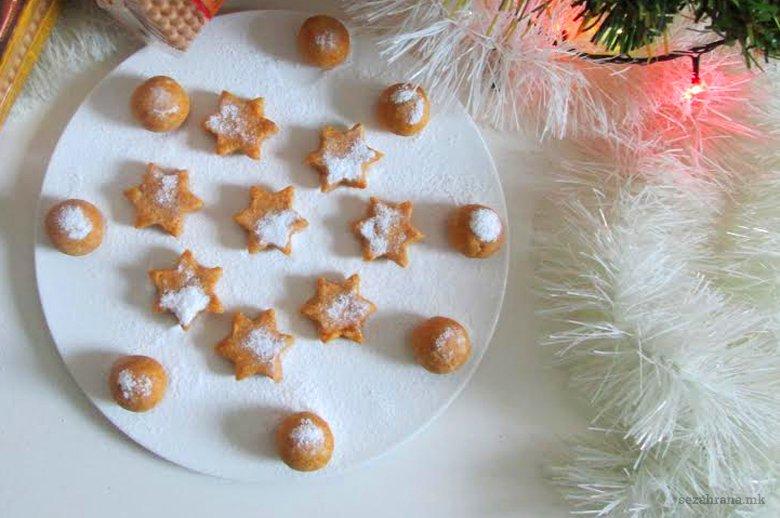 Божиќни колачи од бисквити со тиква 2