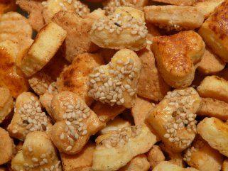 Мини срциња - солени грицки со сирење 1
