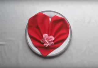 салфетки во форма на срце