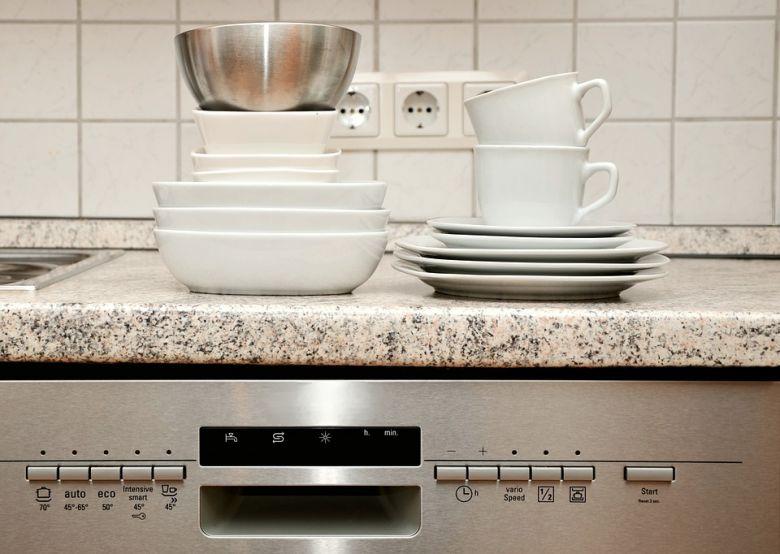 машина за миење на садови