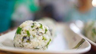 Мешан ориз со пилешко, печурки и магдонос 1