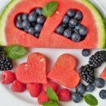 10 сочни намирници кои треба да ги јадете ако не обожавате да пиете вода 1