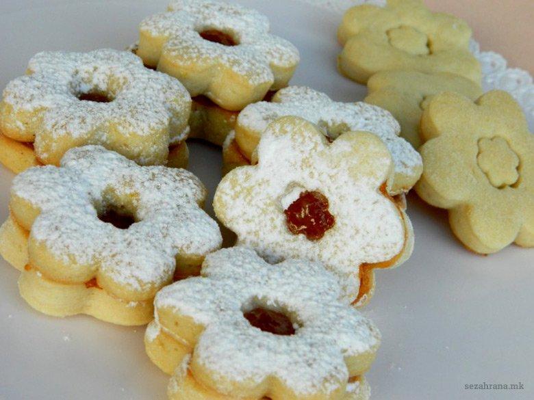 посни колачи со мармалад