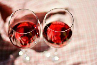 vino za pozdravo srce