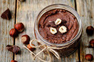 Направете сами чоколаден путер со лешници - здрав намаз 1