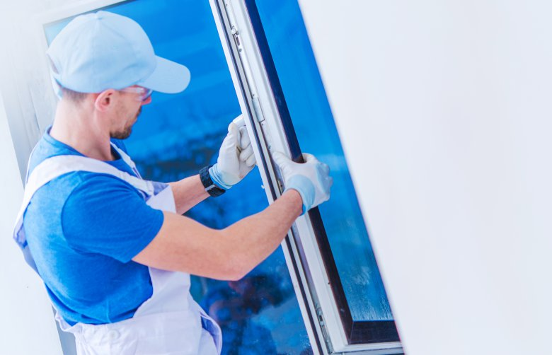 чистење на внатрешноста на прозорците