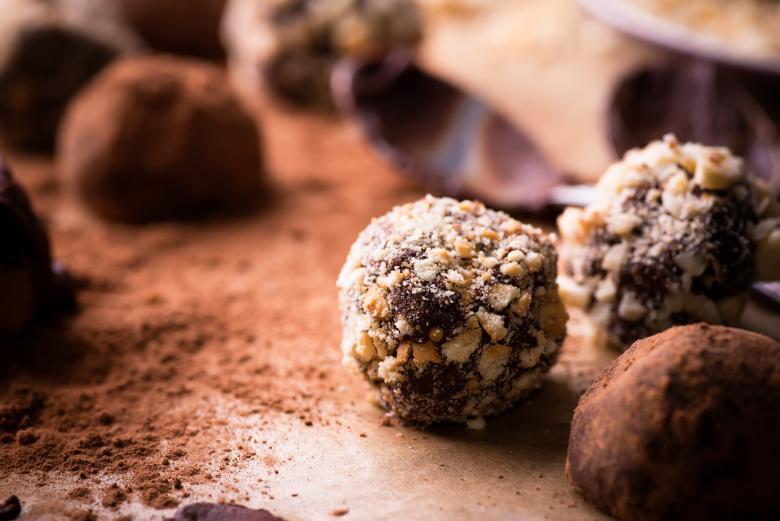 чоколадни бомбици без шеќер