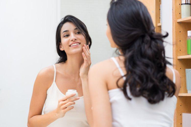2 домашни препарати за природно хидрирање на кожата на лицето 2