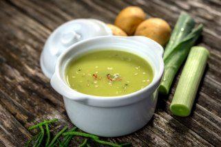 Домашна крем супа од праз и компири 1
