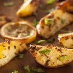 крцкави печени компири со зачини