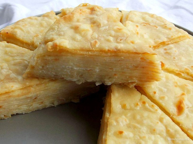 солена торта од питулици