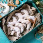 Посни ванилици со цимет и бадеми 1