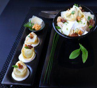 Тортелини во кремаст сос од печурки и ореви
