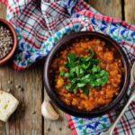Кои се разликите меѓу црвената и зелената леќа од кулинарски аспект?