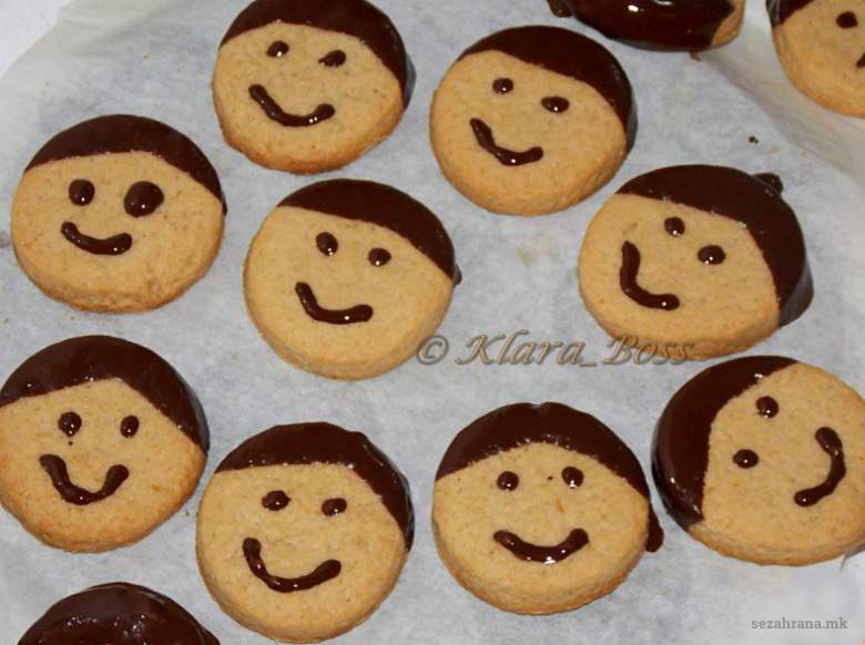 колачиња со ванила и чоколадо