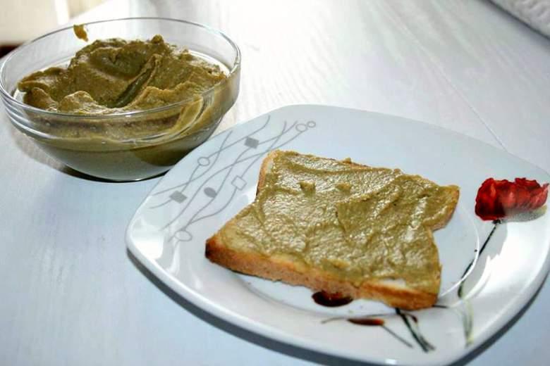 домашна паштета од маслинки - здрав намаз