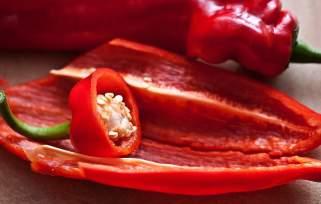 Бројни причини за повеќе да јадете црвени пиперки