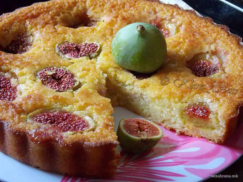 Брз колач со смокви
