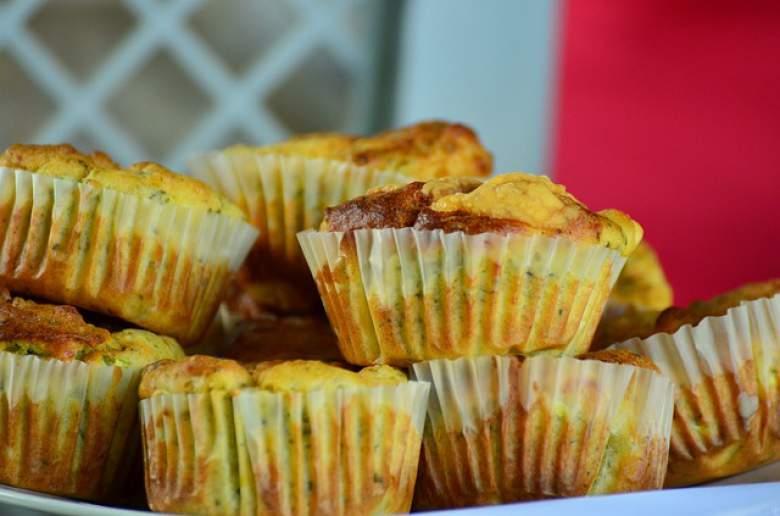 Солени мафини со спанаќ и сирење