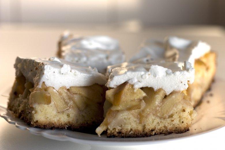 брза торта со јаболка