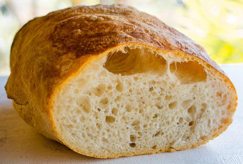 Домашен чиабата леб