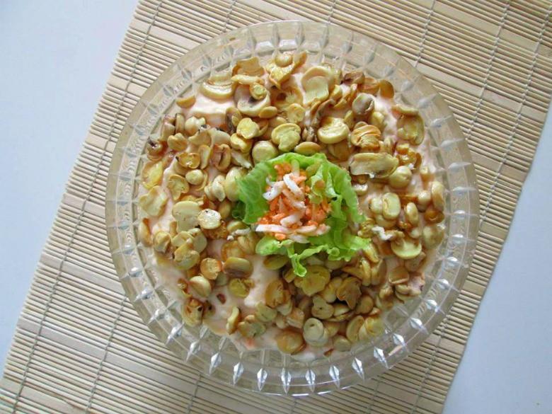 Крем салата со тартар сос и печурки