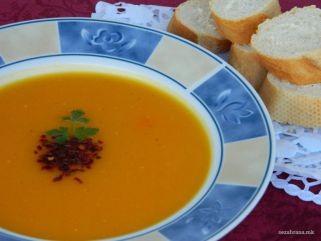Посна крем супа од тиква и зеленчук