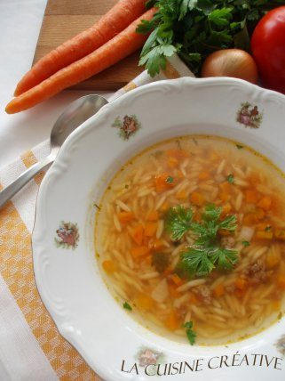 Брза домашна супа со мелено месо 1
