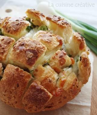 крцкав леб со кашкавал