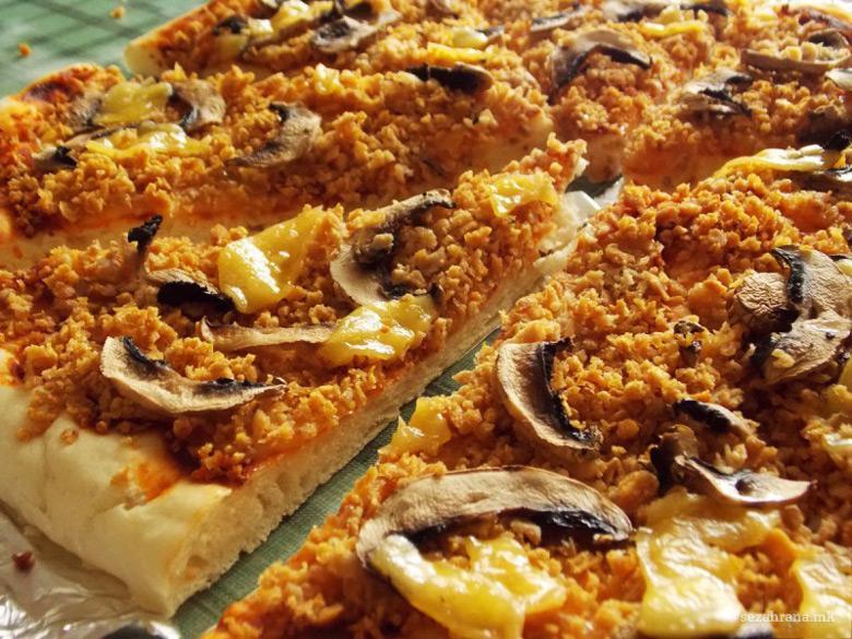 посна пица со печурки