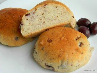Посни лепчиња со компир и маслинки 1